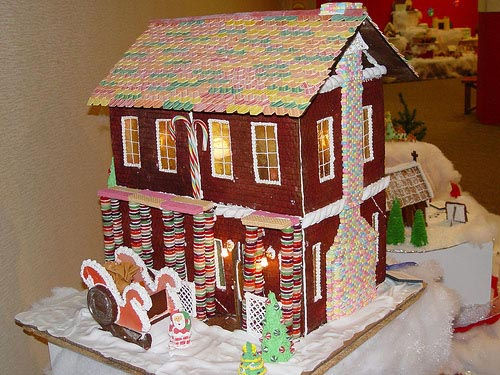 Custom Gallery Christmas Gingerbread House